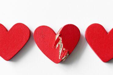 A broken heart - Wooden design